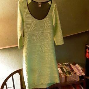 Dots fluorescent green dress